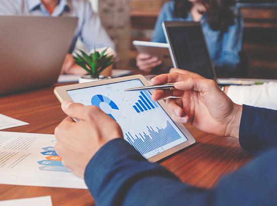 Analyze digital marketing performance